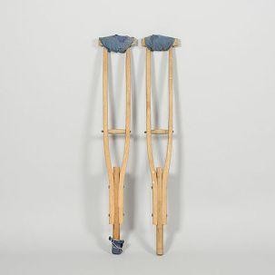 crutches2